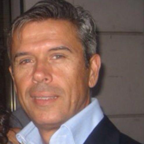 PEDRO SÁNCHEZ – PODEMOS + BARONES REGIONALES = A PSOE A PUNTO DE QUITARSE EL GOTERO